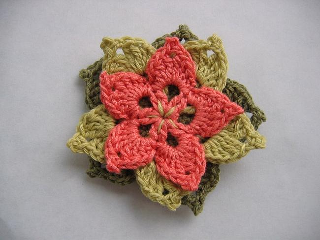 tuto crochet debutant fleur. Black Bedroom Furniture Sets. Home Design Ideas
