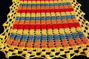 Chemin de table crocheté