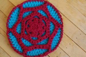 TDN – Manique au crochet – Craftleftover