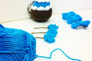 Des barrettes crochetées