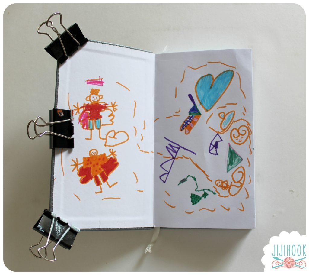 id es pour remplir un carnet cr atif art journal avec ses enfants jiji hook. Black Bedroom Furniture Sets. Home Design Ideas
