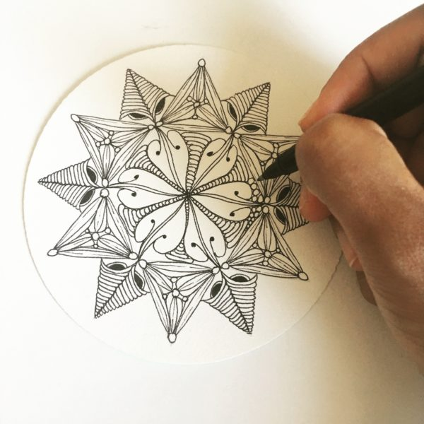 zentangle, dessin facile a faire, dessin zen, zentangle tuto, motif dessin, dessin relaxation, dessin zentangle, motif zentangle, diplome zentangle, czt, guide zentangle, tuto zentangle, zentangle jijihook, zendala